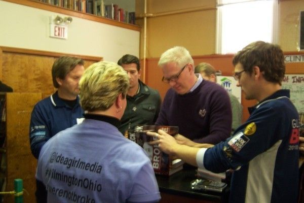 "Glenn Beck signs his book, ""Broke,"" for Keri if Idea Girl Media"