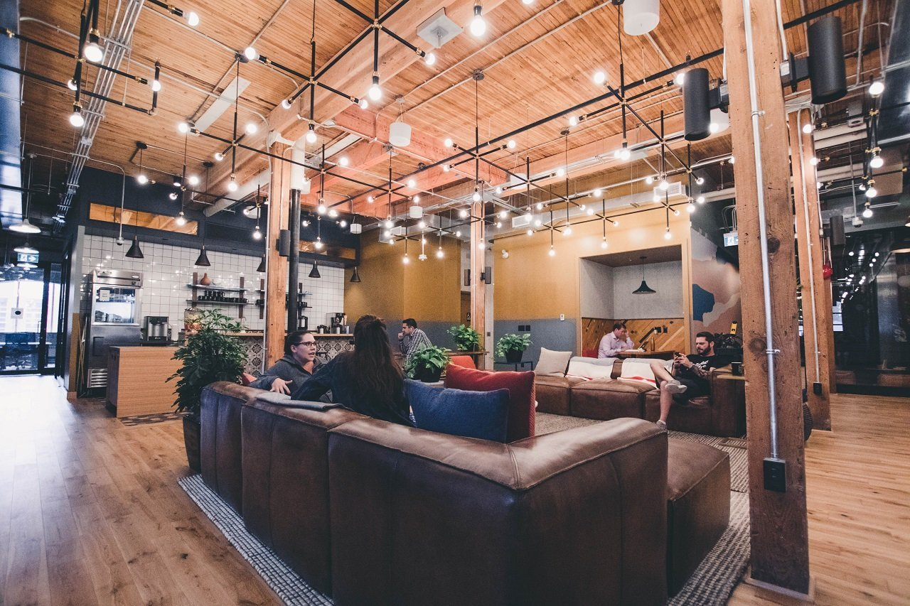 Idea Girl Media and Derek Lotts outline how Open-floor Layouts Are Popular In Co-working Spaces