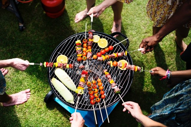 Idea Girl Media shows how Office Parties And Barbecues Encourage Company Loyalty