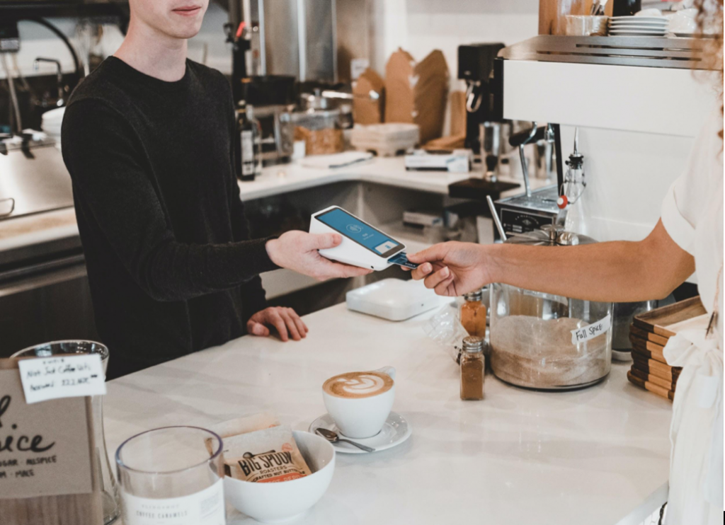 Choosing The Right Point-Of-Sale System When Expanding Payment Methods At Your Restaurant