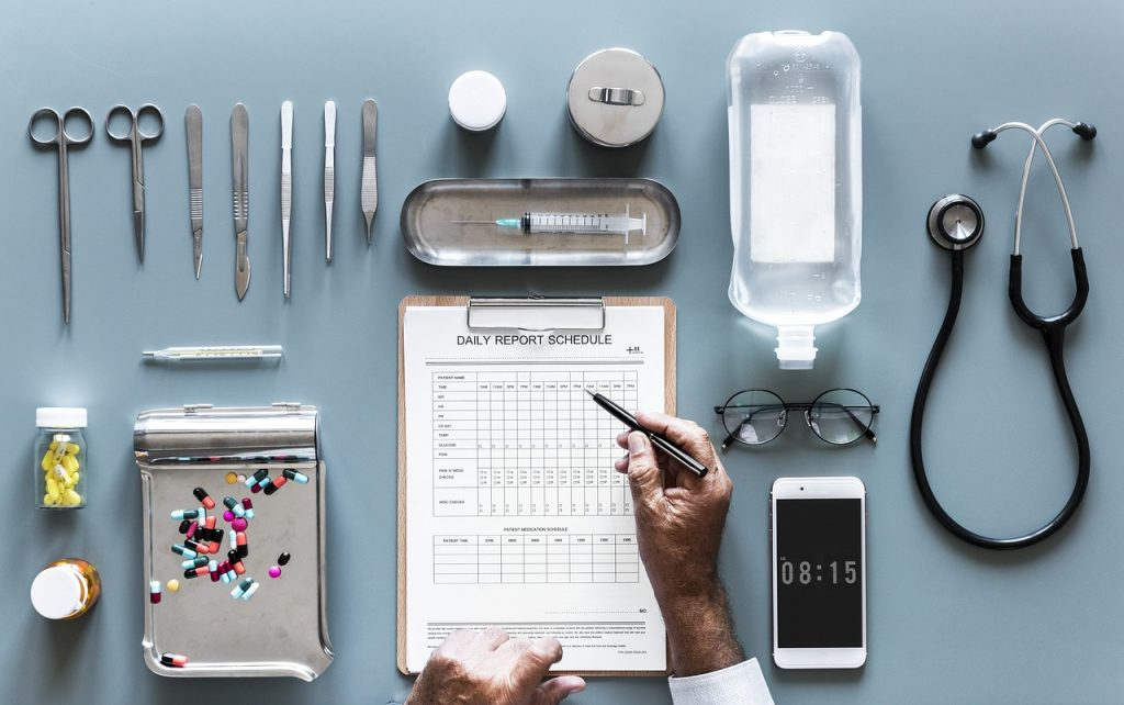 Evolution of delivering patient care leaves entrepreneurs new opportunities to start their own healthcare business explained at Idea Girl Media