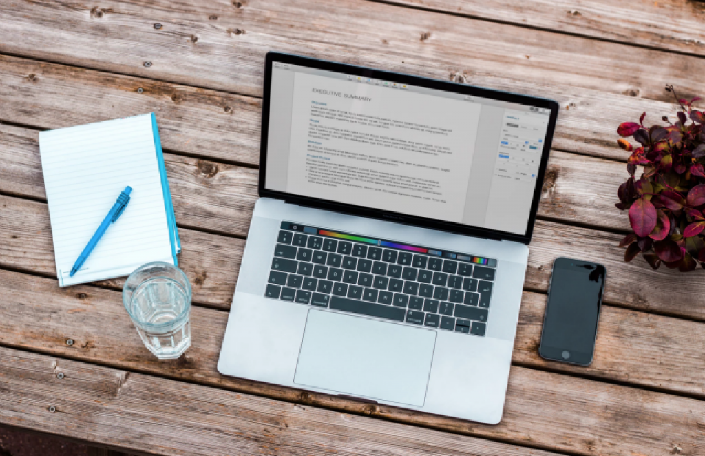 People Perks: What Do Employers Look For In Job Candidates? A question answered at Idea Girl Media